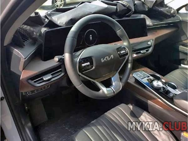 kia-k8-gl3-interior-1.jpg.jpg
